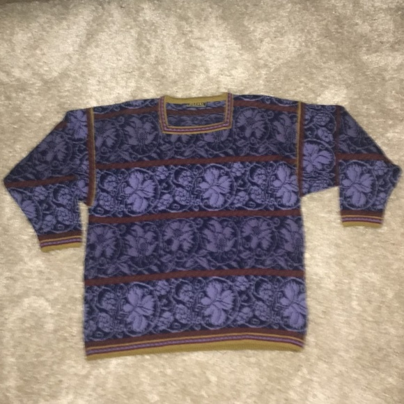 12ef31ca Oleana Women's Pullover Sweater size Medium. M_5b4f9da91b3294b5863383ec